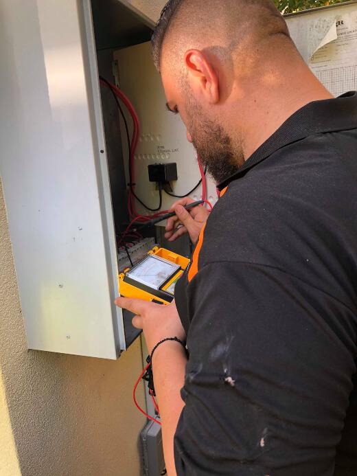Emergency Electrician Alexandra Hills